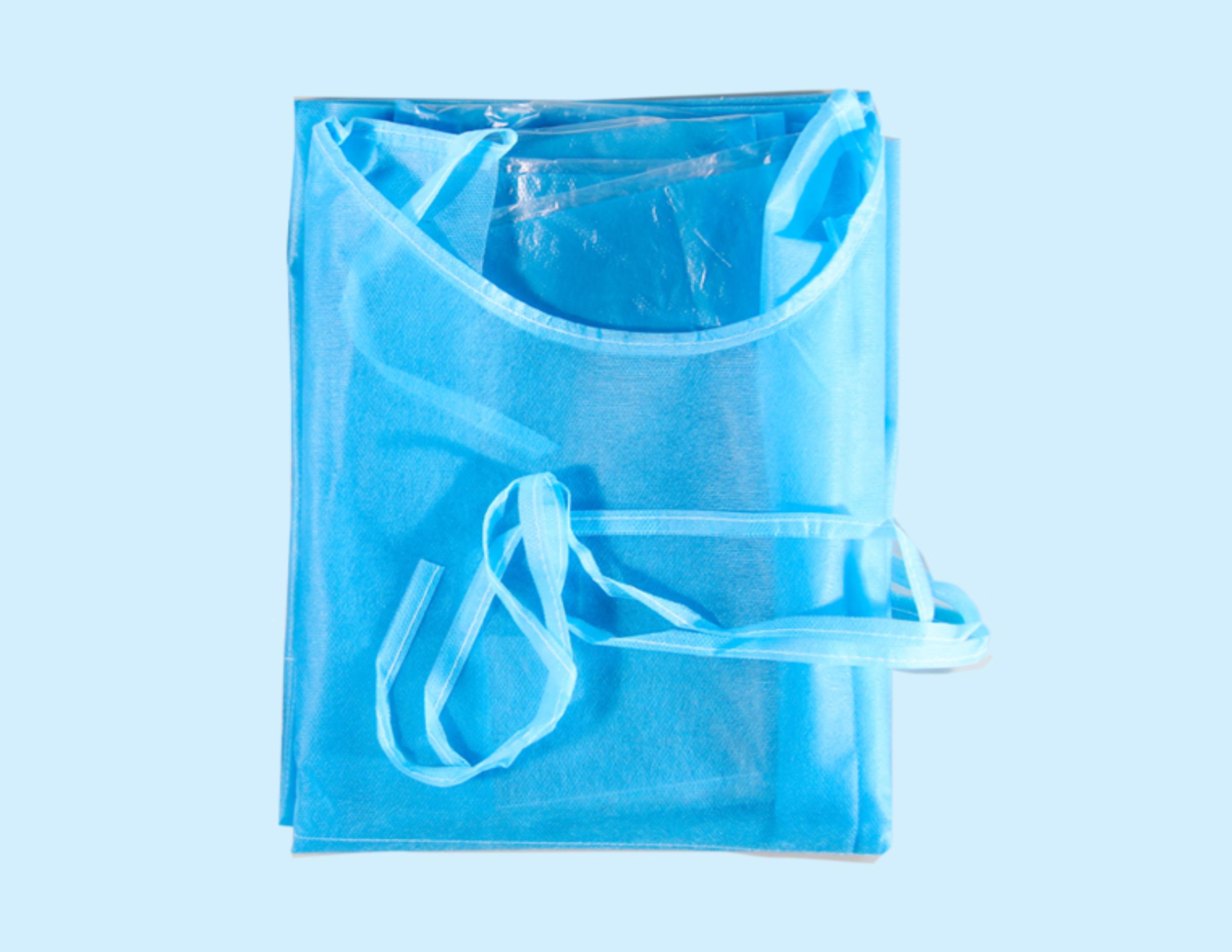 foto del camice piegato nella confezione